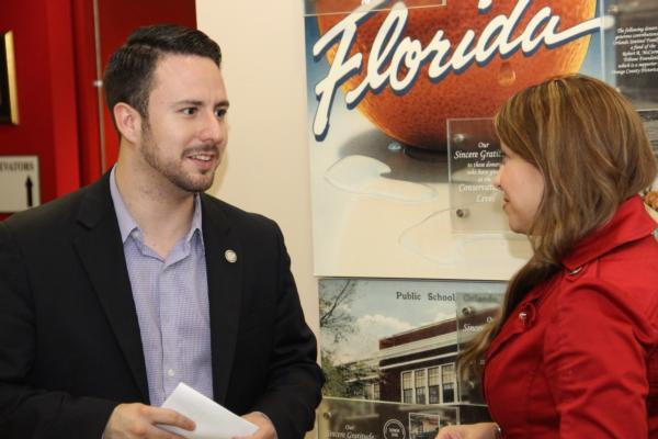LI Engages Latinos in Florida